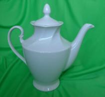 Vintage Latvia USSR Soviet Pottery Porcelain Large White Tea Pot - Ceramics & Pottery