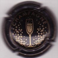 CAPSULE DE CHAMPAGNE GENERIQUE N°732 B NOIR ET OR COTE 1.50 EURO - Sonstige
