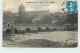 PACY SUR ARMANCON  - Le Pont. - France