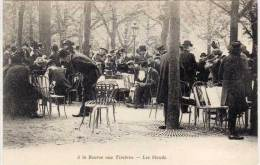 PARIS - La Bourse Aux Timbres - Les Stands    (68909) - France