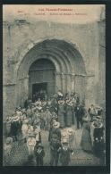 OLORON SAINTE MARIE - Sortie De Messe à Sainte Croix - Oloron Sainte Marie