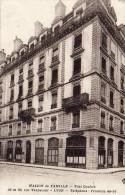 Cpa 1937 LYON , L´imposante Maison De Famille De La Rue Vaubecour  (37.14) - Lyon