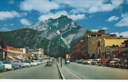 Paris Cafe, Cascade Mountain, Classic Cars, BANFF, Alberta, Canada, 40-60's - Banff