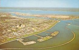 TEXAS-CORPUS CHRISTI  POSTCARD A BREATH-TAKING AERIAL VIEW. A SPARKLING CITY BY THE SEA. UNCIRCULATED.  GECKO - Corpus Christi