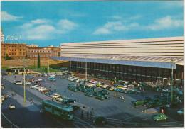Roma: 8x FIAT 600 MULTIPLA TAXI, VW 1200 MAGGIOLINI & T-BUS, TRAM/STRAßENBAHN, FIAT 500 Etc. - Stazione Termini - Voitures De Tourisme