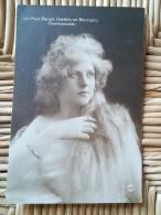 CPA De 1929 BELGIQUE - LES PLUS BELLES FEMMES DU PAYS -  GWENDOLINE - 060614 - - Sin Clasificación