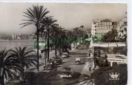 06 - CANNES - LA PROMENADE SUR LA CROISETTE  - CARTE PHOTO 1959- TRACTION AVANT - Cannes