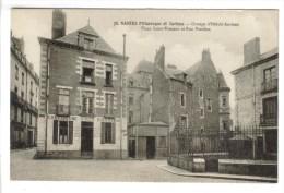 CPSM NANTES (Loire Atlantique) - Groupe D'Hôtels Anciens Place Saint Vincent Et Rue Fènelon - Nantes