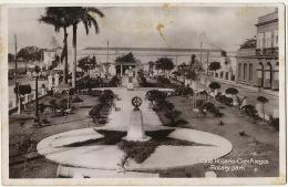 Real Photo Cienfuegos  Parque Rotario Rotary Park Edicion La Nueva - Cuba