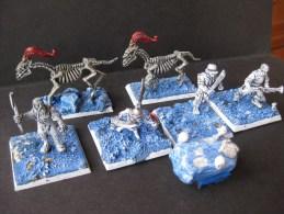 Figurines En Plastique : Squelettes Echelle 30 Mm (figurines Peintes) & - Warhammer
