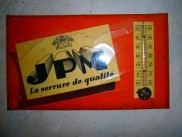 ANCIENNE PLAQUE PUB THERMOMETRE   JPM LA SERRURE DE QUALITE - Unclassified