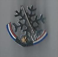 Insigne De Ski/Flocon / Moutereau/paris /Ecole De Ski Française / Vers 1960         SPO65 - Winter Sports