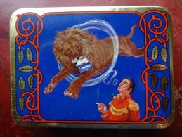 Samson Tobacco Box Tabac Boite Cirque Circus Zirkus Circo - Livres, BD, Revues