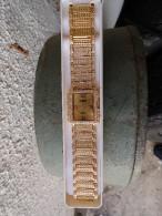 MONTRE FLR AVEC  ENTOURAGE SERTIE DE PIERRES - Watches: Jewels