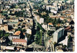 Villeurbanne Vue Generale Au 1er Plan La Place Grandclement - Villeurbanne
