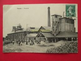 CPA 28 VOVES Sucrerie Voyagé 1910 Usine Ouvriers - France