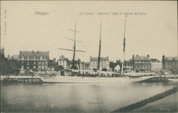 76 DIEPPE / Le Yacht Alberta Dans Le Bassin Bérigny / - Dieppe