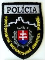 Police Slovaque - Slovakia, écussons Tissu-Patches, Unité Motorisée Mode Veille, Ville Trenčín, SWAT - RIOT Unit - Police