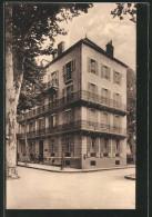 CPA Vichy, Hotel Moliere Sur Le Parc - Vichy