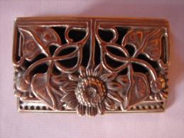 Boîte à Timbres En Laiton . TBE - Stamp Boxes