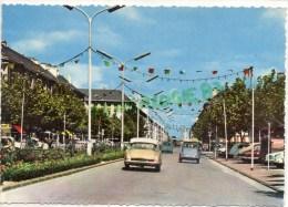 44 - SAINT NAZAIRE - AVENUE DE LA REPUBLIQUE - CITROEN DS - DEUX CHEVAUX  DEUDEUCHE - Saint Nazaire