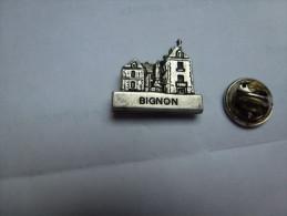 Beau Pin´s En Relief , Château Du Bignon , Lorris , Loiret - Città