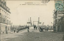 76  ELBEUF / L'entrée Du Pont Suspendu Rue Saint Jean  / - Elbeuf