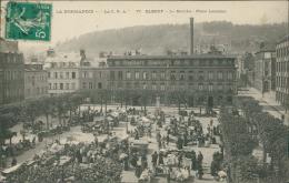 76  ELBEUF / Le Marché Place Lecailler  / - Elbeuf