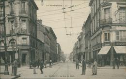 76  ELBEUF / La Rue De Paris / - Elbeuf