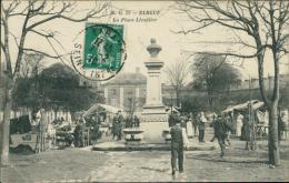 76  ELBEUF / La Place Lécallier  / - Elbeuf