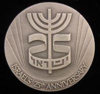 AG01647 ISRAEL´S 25th ANNIVERSARY - MENORAH (Ag 935 46 Gr)  Signes Du Zodiaque Au Revers - Jetons & Médailles