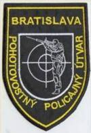 Police Slovaque - Slovakia, écussons Tissu-Patches, Service De Police D'urgence Bratislava, SWAT - RIOT Unit - Police