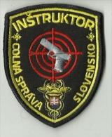 Police Slovaque - Slovakia, écussons Tissu-Patches, Département Des Douanes Instructeur, SWAT - RIOT Unit - Police