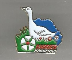 34584-Pin's.volailles, Gibiers Volailles Barbier HAGUENAU - Städte