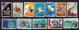 Antilles Néerlandaises 12 Timbres Oblitérés
