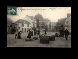 44 - LE CROISIC - Place Du Marché - Le Croisic