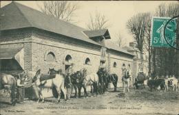76 GAINNEVILLE / La Ferme Du Château, Départ Pour Les Champs / - Francia