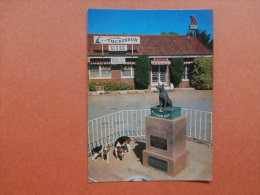 33962 PC: AUSTRALIA:  NEW SOUTH WALES: The Dog On The Tucker Box, Monument To The Pioneers, Gundagai, N.S.W. - Australia