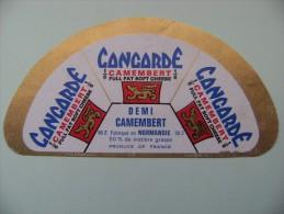 Etiquette Demi Camembert - Concorde 3 Portions - Fromagerie Elle&Vire 50-Z - Manche  A Voir ! - Kaas