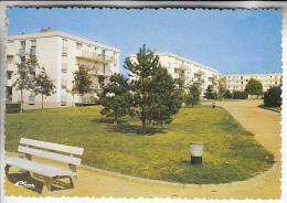 DRAVEIL 91 - Résidence Pierre Brossolette ( Immeubles Cité HLM ) CPSM Dentelée GF - Essonne - Draveil