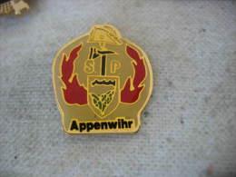 Pin´s Des Sapeurs Pompiers De La Ville De APPENWIHR (Dépt 68) - Brandweerman