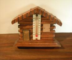 """Petite Maison En Bois Thermomètre """"Massat"""" - Obj. 'Souvenir De'"""