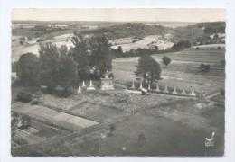 Floing. Monument Des Braves Gens. - France