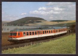 Diesel - Triebwagen 614044-6 + 914016 + 614043 Der Deutschen Bundesbahn , Als Sonderzug Bei Bad Neustadt / Saale - Eisenbahnen