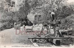 76 - LA BOUILLE - Entrée Des Grottes De Caumont  - Dos Vierge   2 Scans - La Bouille