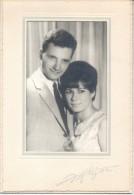 FOTO DE PAREJA DE NOVIOS AÑO 1955 FOTO REFLEJOS CALLE MAIPU 393 ESQUINA CORRIENTES BUENOS AIRES REPUBLICA ARGENTINA - Anonyme Personen