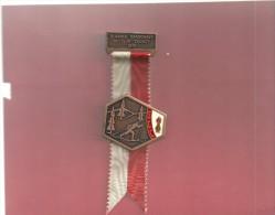 --SCC--BLANCHE RANDONNEE SKI-CLUB COUVET 1972--EDT FAUDE-GIPPINGEN--POIDS 39 Grs -- - Tokens & Medals