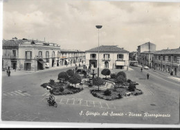 CAMPANIA-BENEVENTO- S.GIORGIO DEL SANNIO PIAZZA RISORGIMENTO ANNI/50 ANIMATA - Italia