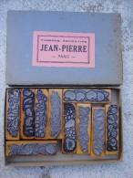 COFFRET 10 TIMBRES EDUCATIFS JEAN PIERRE PARIS SERIE 1113 LES FRUITS ANNEE 50 - Loisirs Créatifs