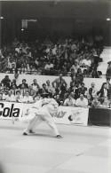 Ref A807- Arts Martiaux -judo -photo Souple Non Située- Rencontre Internationale Ou Nationale ??- Photo Bon Etat  - - Martiaux